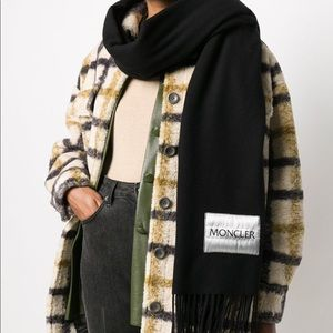 BNWT Moncler Oversize Scarf
